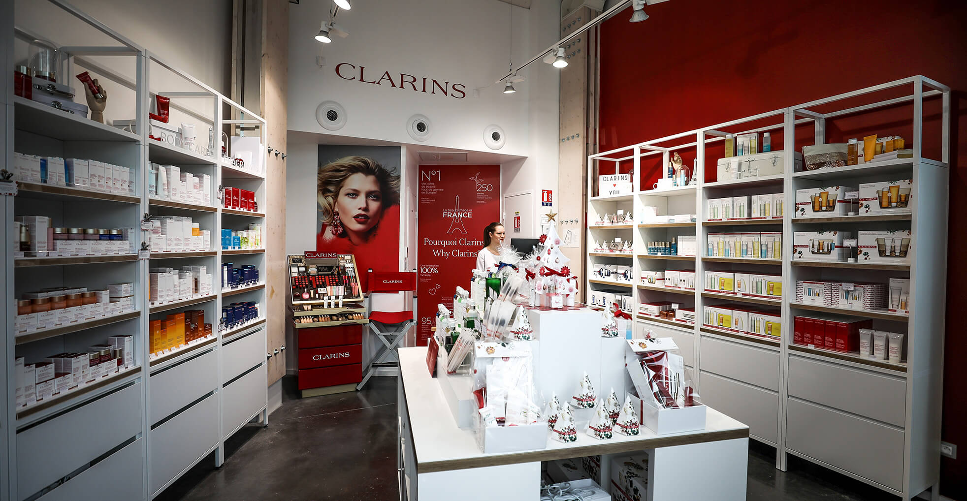 clarins-the-village-outlet